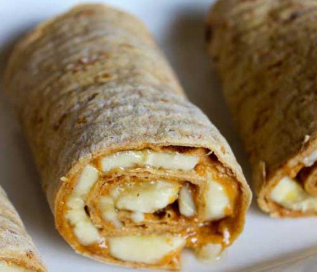 Recette facile de wrap au beurre d'arachides, miel et bananes