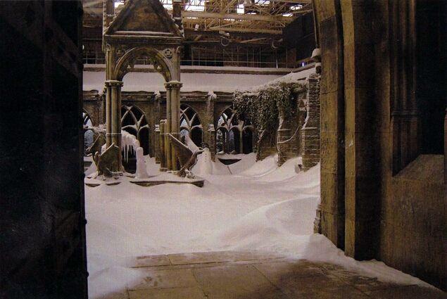 Clock Tower Courtyard Prisoner Of Azkaban Harry Potter Production Design Hp Harry Potter