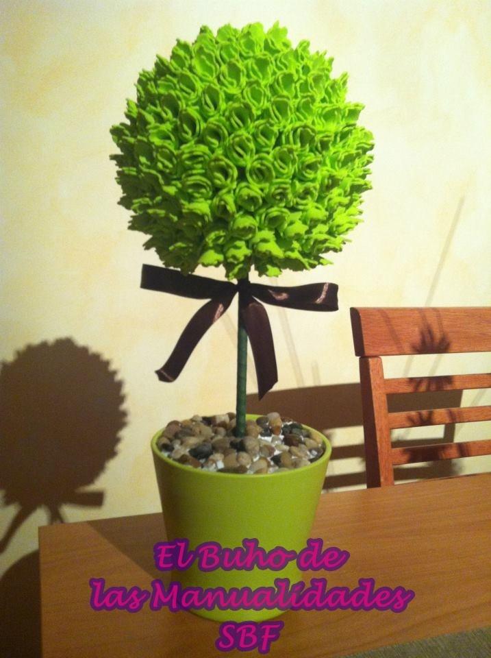 Topiario realizado con goma eva el buho de las manualidades pinterest - Flores sencillas de goma eva ...