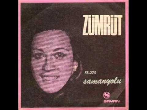 ✿ ❤ Perihan ❤ ✿ ♫ ♪ Zümrüt - Samanyolu-1969 (Dünyada birçok sanatçı tarafından farklı dillerde ve enstrümental olarak yorumlanan Metin Bükey'in bestesi Samanyolu 1968 yılında Berkant tarafından da seslendirilmişti)