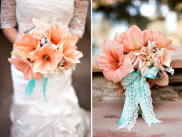 Bouquet to go along with the coral and blue trend. Beautiful!