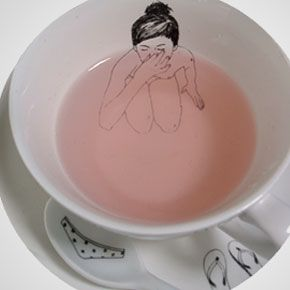Tea cup by Dutch illustrator Esther Hörchner.