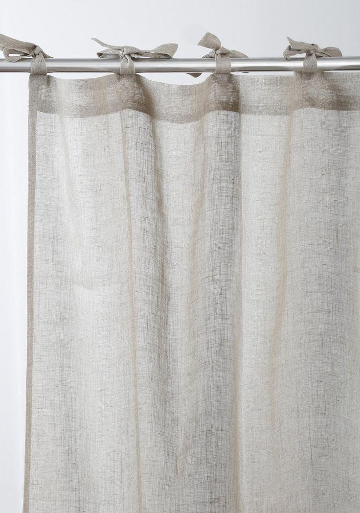 Découvrez sans tarder cet élégant rideau en étamine de lin de composition 100% naturelle.