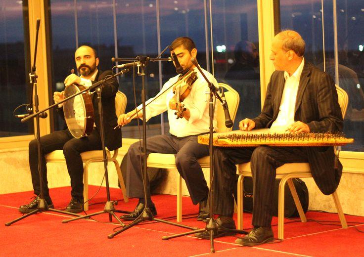 Keman / Solist - Kanun - Perküsyon www.solomuzik.com #keman #kanun #bendir #hanende #sazende #iftar #ramazan #fasıl