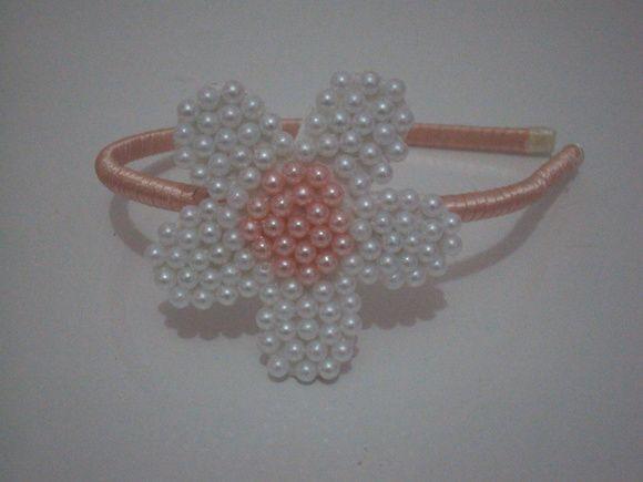 Tiara Flor de Perlas