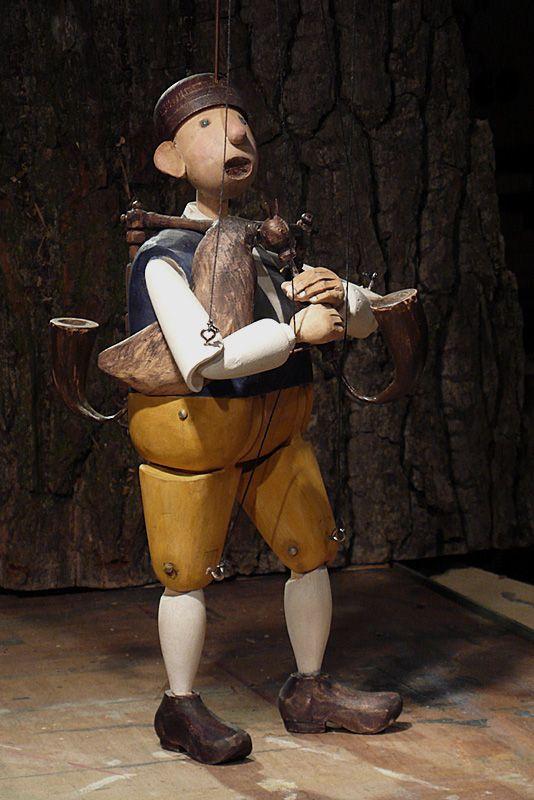 Dudák, dřevo, 36cm