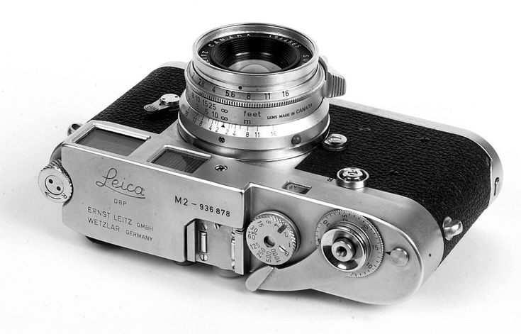 Leica M2 (1957-68) with 35mm f/2 Leitz Canada Summicron lens