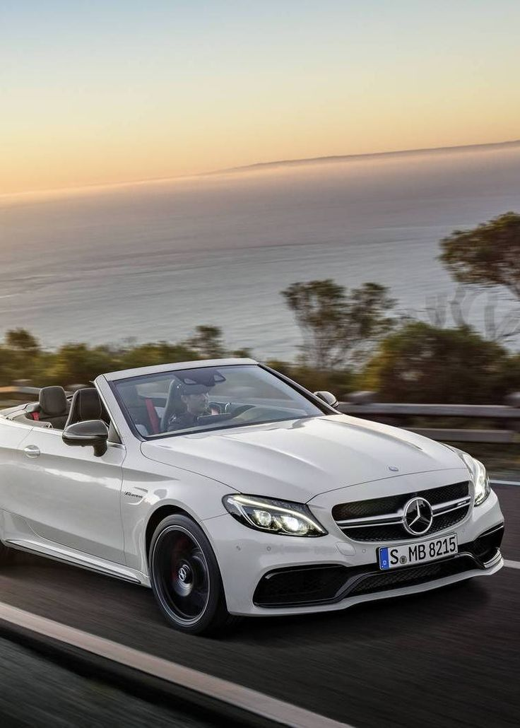 Mercedes-Benz Delivers Record 198,921 Cars in March 2016