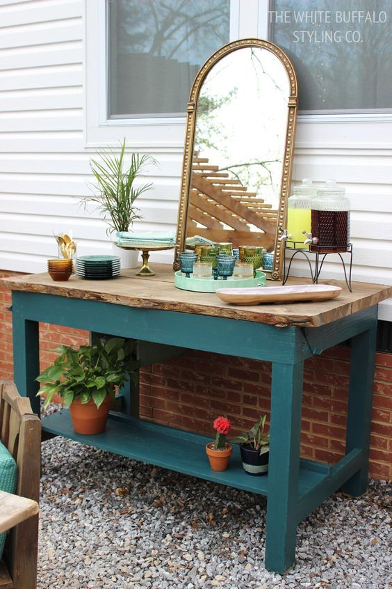 How To Style An Outdoor Summer Buffet