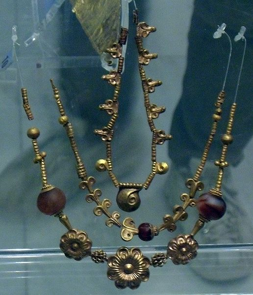 Late #Bronze Age  --  Gold Necklace From Mycenae  --  1600-1100 BCE  --  National Archaeological Museum  --  Athens, Greece