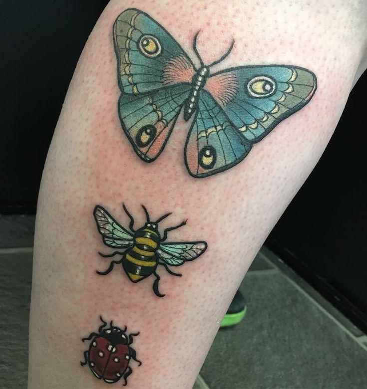"""136 likerklikk, 3 kommentarer – Lille Hilde (@lillehildetattoo) på Instagram: """"Some bugs today thank you @s17jensen ✨ #neotradsub #neotrad #TAOT #neotraditional #tattoo #ink…"""""""