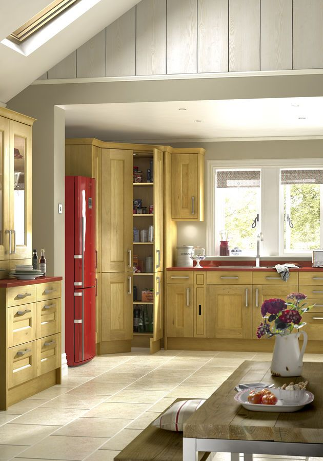 Traditional Country Oak Kitchen