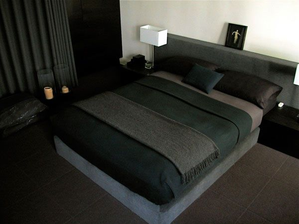 Minimalist style is restrained, laconic, not burdened with a lot of detail.    Mens bedroom is a place where a man sleeps, re