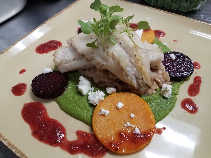 [Pro/Chef] Pike with pea puree date risotto baby beet and cherry gastrique