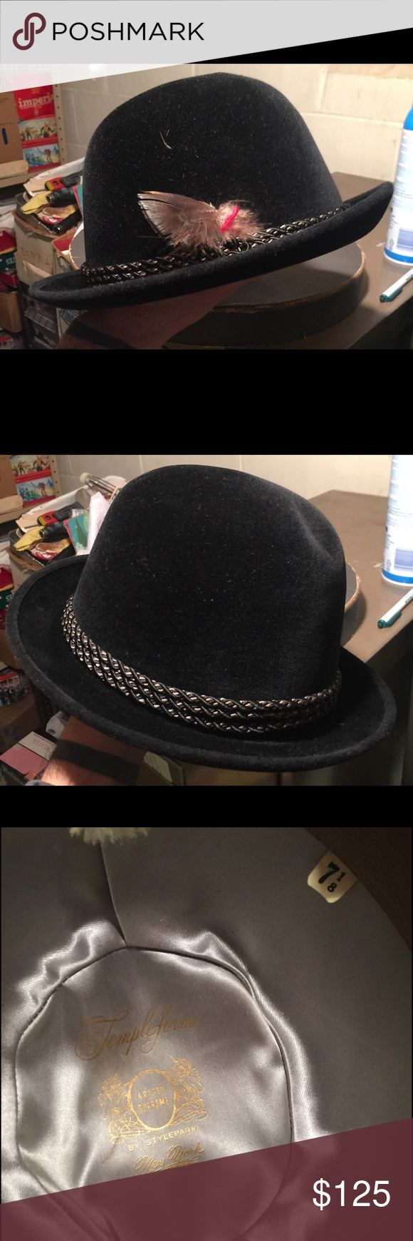 Vintage Black Fedora Bowler Velour Felt Hat 7 1/8 For sale is one used very gently worn Vintage Templeform Aristo Supreme by StylePark Black Fedora Bowler Velour Felt Hat. Size 7 1/8. No stains, rips, or tears. Comes from a clean smoke free home. Use to belong to my grandfather. Only selling because it doesn't fit my head. Original box is included with the hat. Templeform Accessories Hats