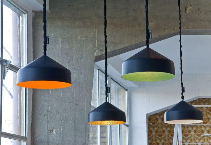 collezione Matt realizzata dal designer Oçilunam per In-es.artdesign. Le serie Lavagna eCemento, lampade a sospensione, da terra e da tavol...