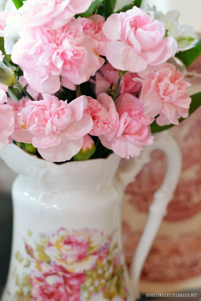 Flowers in vintage handpainted pitcher | homeiswheretheboatis.net #pottingshed #ValentinesDay #table