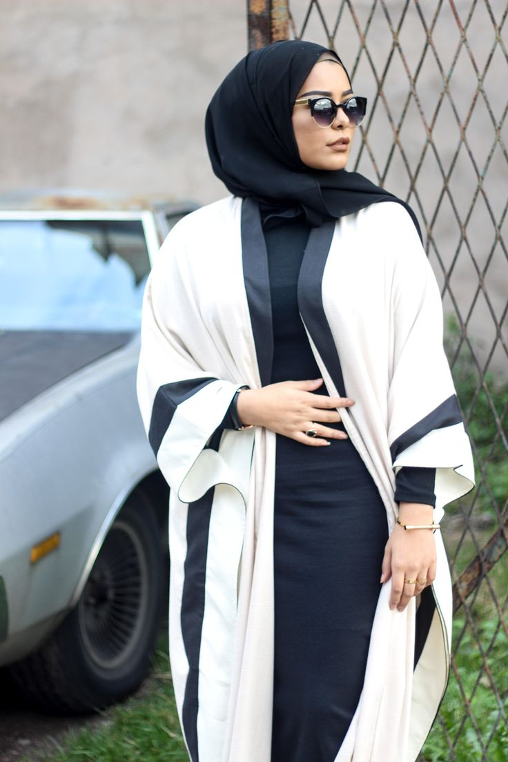 Hey loves! I'm sure many of you by now have seen this new open abaya style that has become very popular, especially in the Gulf. I was sent these stunning bespoke designs from the very talented @_leenazwho specialises in making these designs. I'm completely in love with both of them, they're so elegant and regal! …