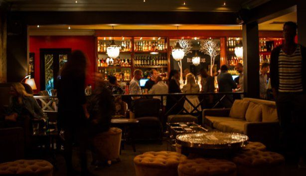 For a classy Thursday night, head to Greenpoint for Jade Champagne Lounge and Bar for a fun and sophisticated scene. Great music and view of the ocean from their balcony