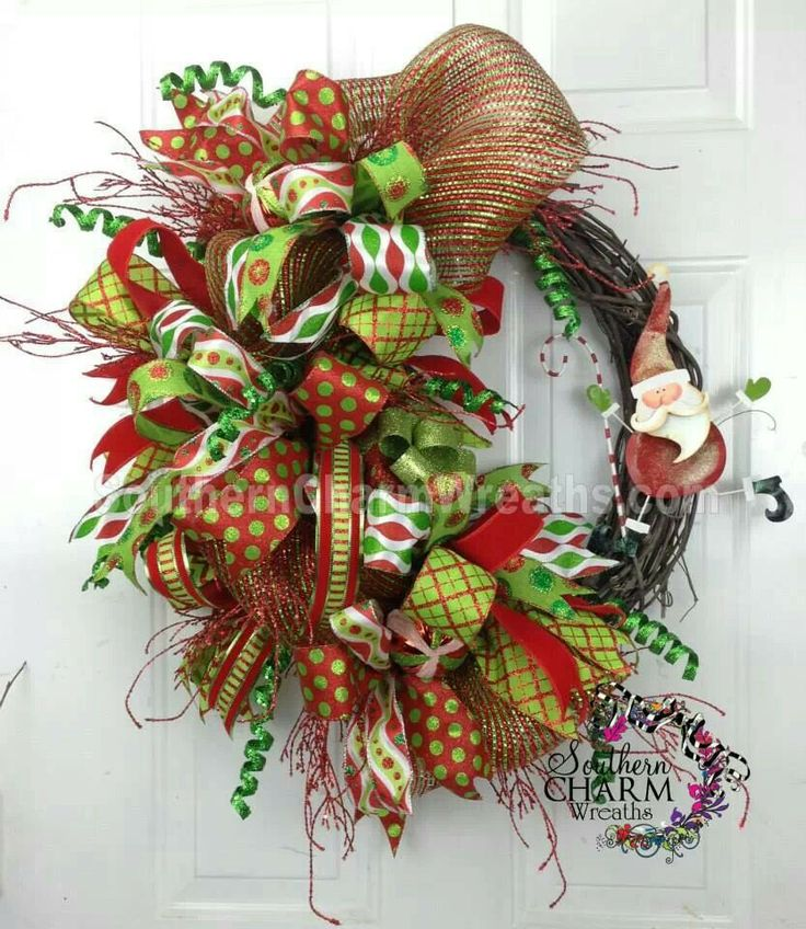 70 best christmas winter grapevine wreaths images on Making wreaths