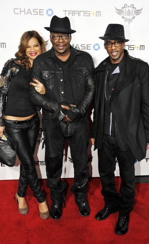 bobby brown posed with his wife alicia etheredge and fellow new edition member ralph tresvant