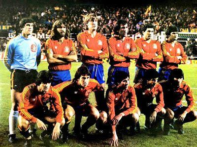 EQUIPOS DE FÚTBOL: SELECCIÓN DE ESPAÑA contra Holanda 16/02/1983