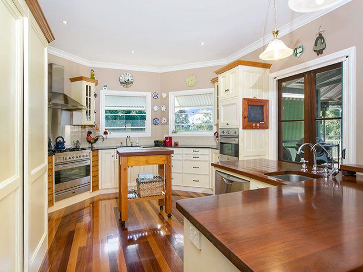 Kitchen - Coreen Manor Mount Samson