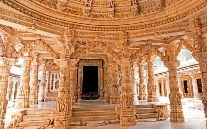India  Templo Dilwara, Monte Abu, Rajastan.