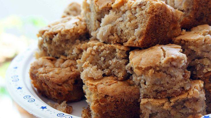 Almás süti túró és zabpehely kíséretében. Egy finom és tápláló diétás édesség!
