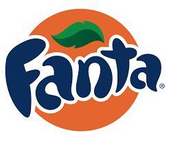 De oranje kleur van een sinaasappel geeft de kleur van fanta aan