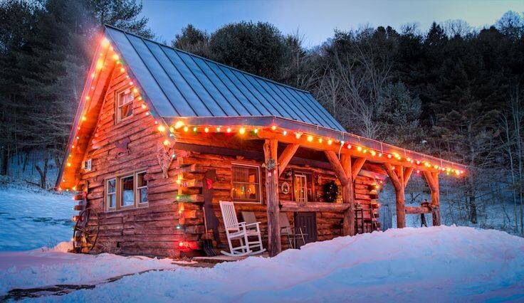 Snowy Christmas Log Cabin...... Cabins in the woods