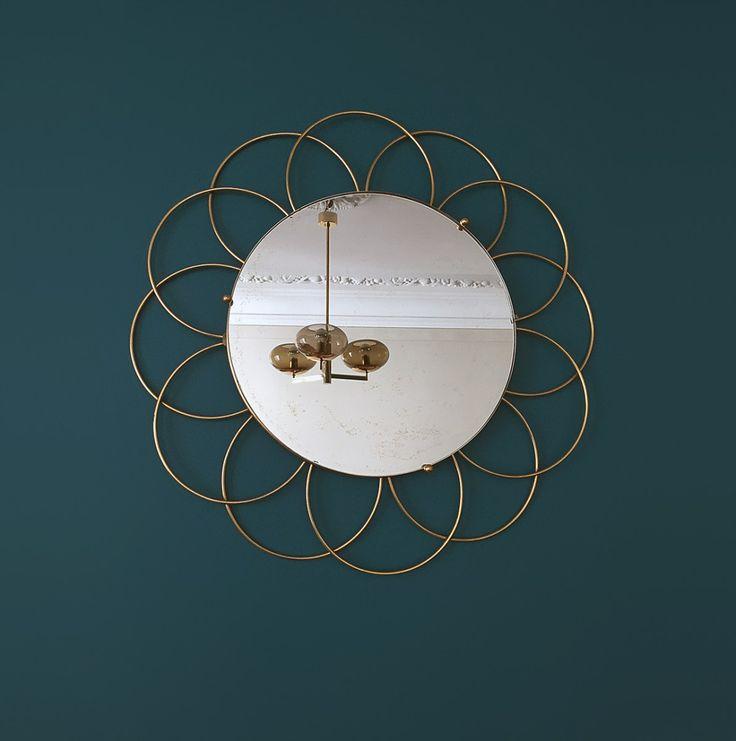 Les 21 meilleures images propos de furnitures vintage for Le miroir d ambre