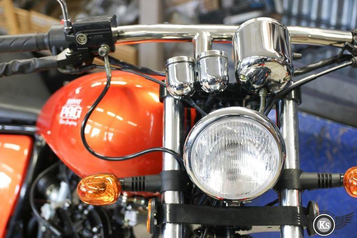 Johnny Pag 125c3 orange un des plus beaux customs de sa catégorie. custom bike harley-davidson chopper bobber 125 moto kustom store motorcycles ks motorcycles