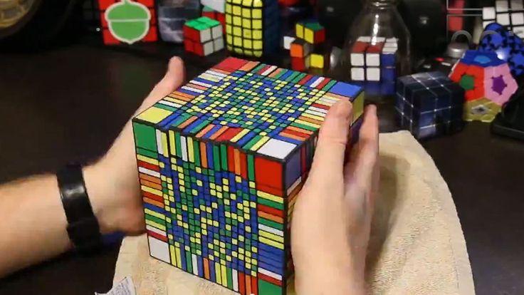 Se verdens største Rubiks Kube bli løst - Tek.no