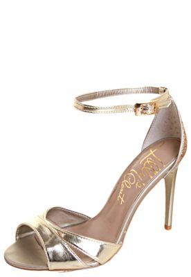 Sandália Lillys Closet Metalizada Dourada couro sintético