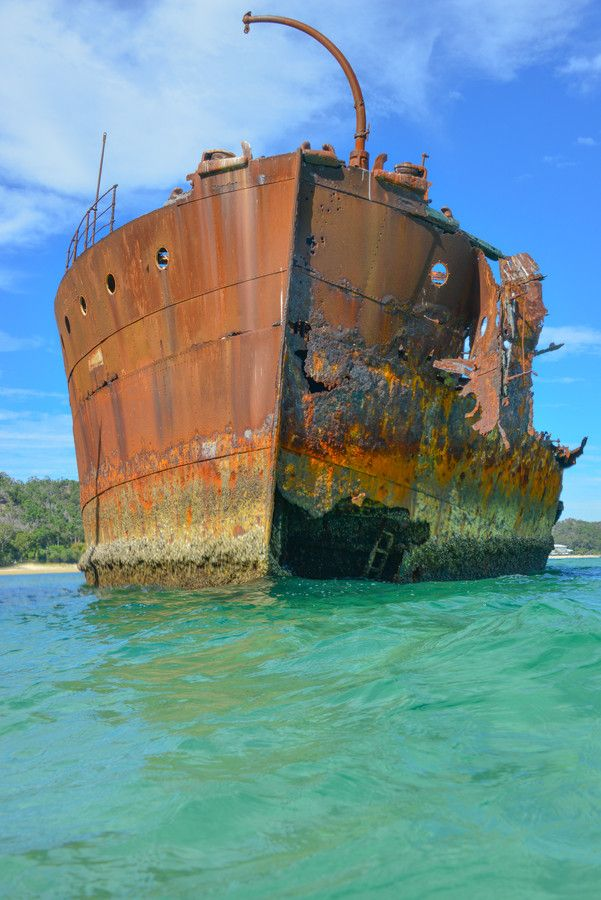 how to get to tangalooma wrecks