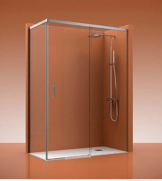 Mampara de ducha COSMO 400 se compone de 1 fijo y una puerta corredera más un lateral fijo. Según el modelo de mampara que elija,  el acceso, será  por la derecha o bien por la izquierda.