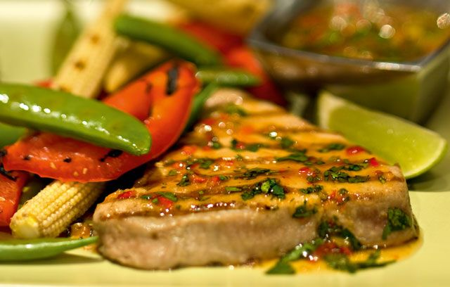For a simple yet sensational main course, you can't go wrong with these Oriental-inspired tuna steaks.