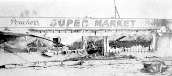 Hurricane Donna damage to Poucher's Super Market - Upper Matecumbe Key, Florida