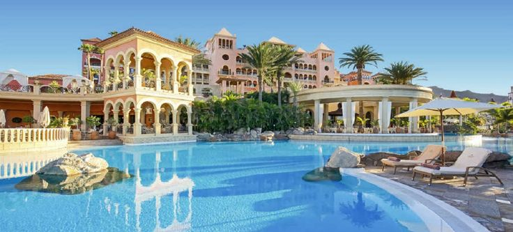 Lunch at the 5* Grand Hotel El Mirador and 4* Ole Tropical Tenerife...