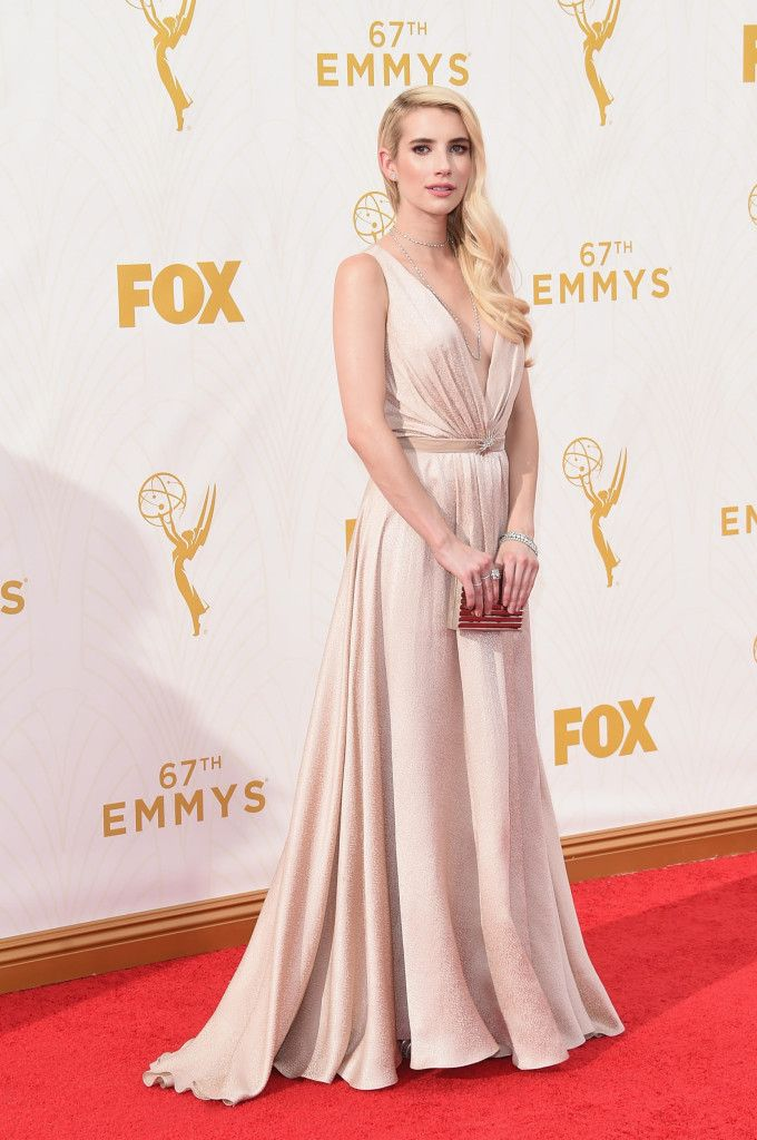 Emma Roberts in custom Jenny Packham dress