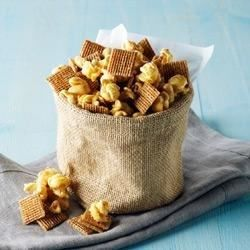 This sweet and crunchy snack mix combines Post Shreddies(R) cereal, popcorn, and peanuts baked with a peanut butter and marshmallow coating.
