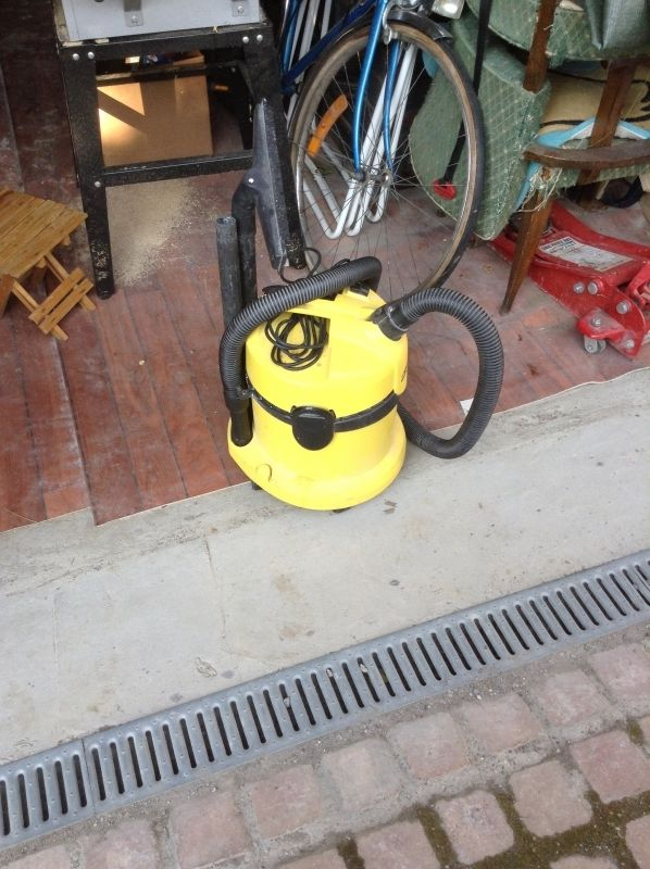 Location Aspirateur karcher utilisable avec ou sans sac. A louer exclusivement sur www.placedelaloc.com ! #location #consocollab #karcher