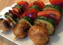 (vegetarische) BBQ recepten: Groentespiesjes met crème fraîche dip | Wessalicious