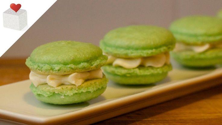 Cómo hacer Macarons Franceses paso a paso   Recetas de repostería por Az...