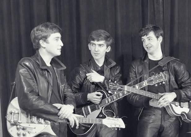 John Lennon, George Harrison, and Paul McCartney ☯☮ॐ Lucas Lima ☯☮ॐ