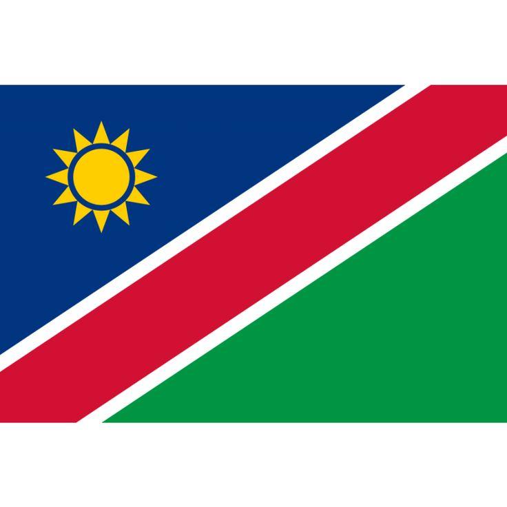 vlag Namibië, Namibische vlaggen 100x150cm De vlag van Namibië werd aangenomen op 21 maart 1990, de dag dat Namibië een onafhankelijke staat werd. De vlag bestaat uit een blauwe en groene driehoek, die van elkaar gescheiden worden door een rode diagonale baan met witte randen. In de blauwe driehoek staat een goudgele zon met twaalf stralen.