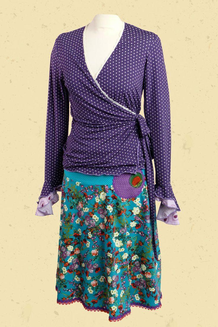 Petrol paarse bloemen met stip combinatie