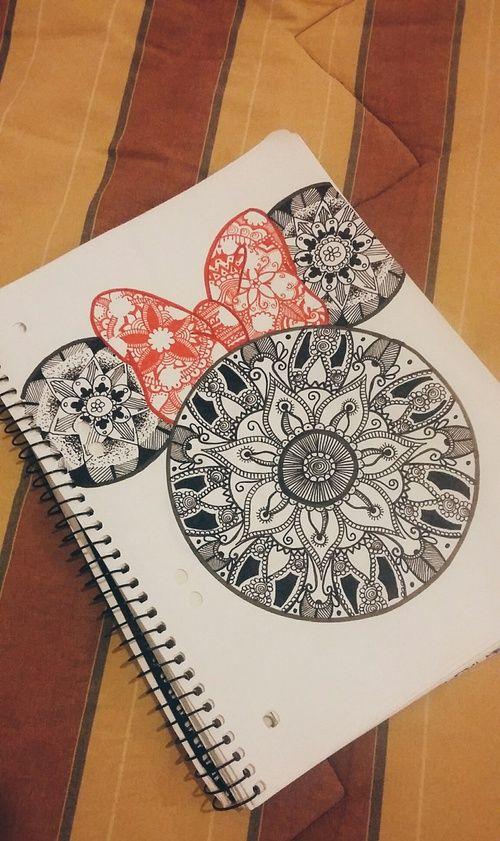 Mandala minnie..... Una buena idea para dibujar no crees???   A lo mejor algo difícil..... pero Nada es Imposible