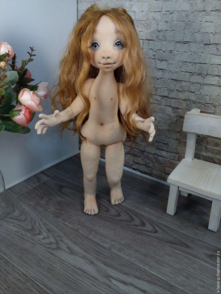 Очень качественный мастер-класс по изготовлению текстильной куклы